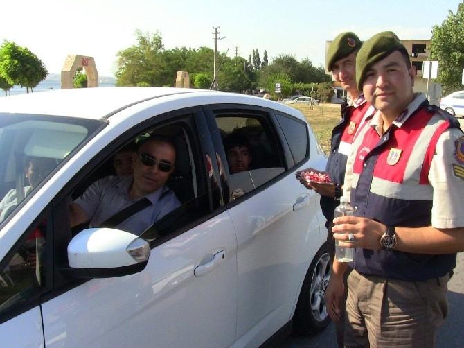 Jandarma Trafikten Bayram Mesaisi