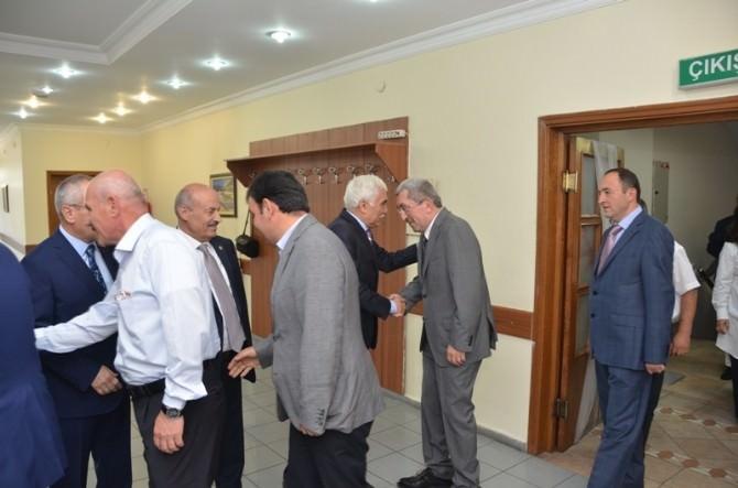 Karabük'te Protokol Vatandaşlarla Bayramlaştı