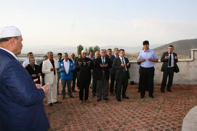 Kaymakam Ali Ada, Ramazan Bayramında Da Şehitleri Unutmadı