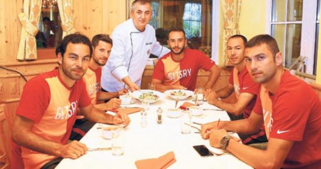 'Kadıköy'de soyunma odas��ndan çıkamadık'