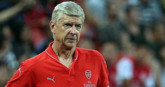 Arsene Wenger'den van Persie yorumu