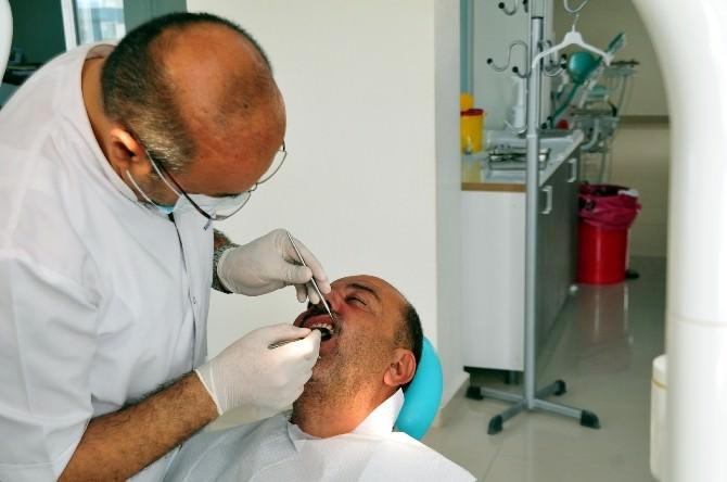 6 Ayda 60 Bin Kişi Diş Tedavisi Oldu