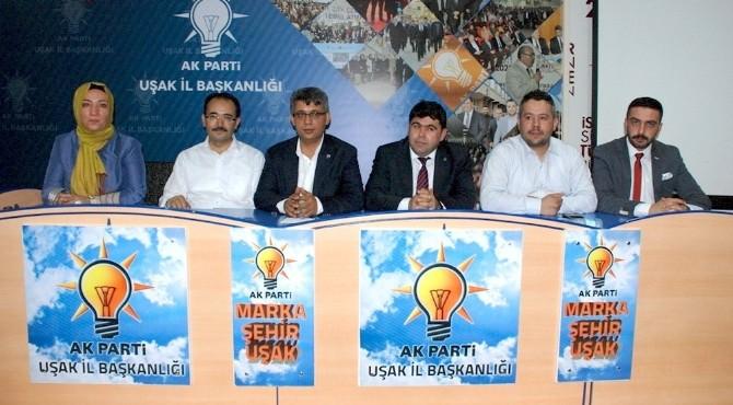 AK Parti Uşak Teşkilatının Bayramlaşmasında Önemli Mesajlar