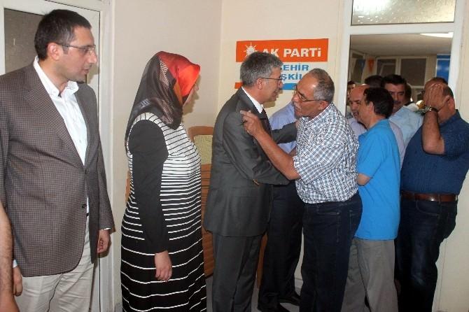 Beyşehir'de AK Partililer Bayramlaştı