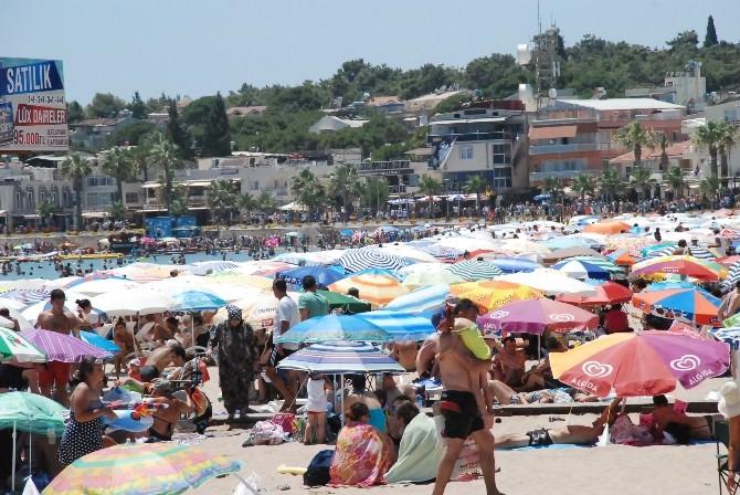 Altınkum Plajında Bayram Yoğunluğu