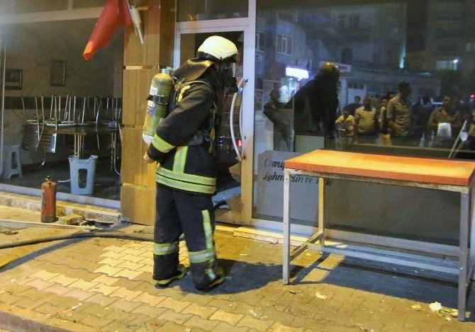 Pide Salonunda Çıkan Yangın İtfaiye Müdahale Etti