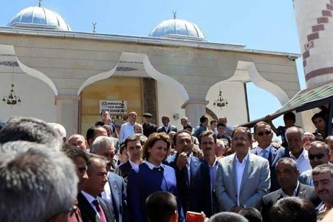 Mehmet Özhaseki İlçelere Bayram Ziyaretinde Bulundu