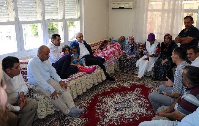AK Parti'den En Yaşlı Üyelere Ziyaret