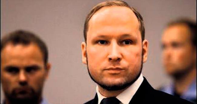 Norveç katliamcısı siyaset bilimi okuyacak