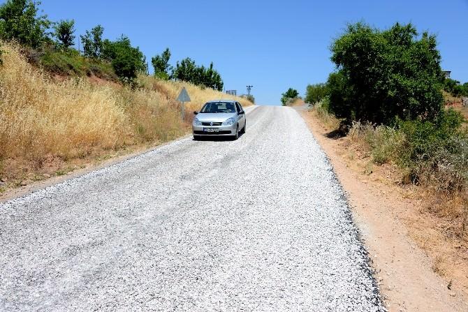 Kadiruşağı'nın 13 Km'lik Grup Yolu Asfaltlandı