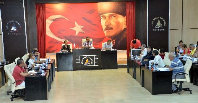 Muratpaşa Meclisi Olağanüstü Toplandı