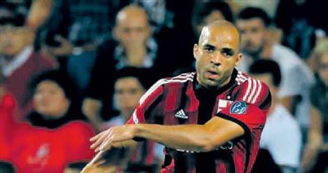 Beşiktaş ile Alex savaşı başladı