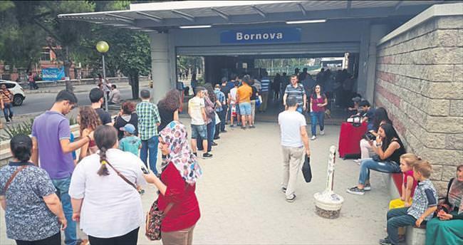 İzmir ulaşımında Büyükşehir'e şok
