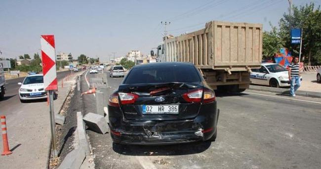 Başbakan'ın konvoyunda kaza: 2 polis yaralı