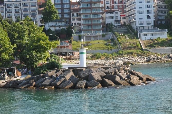 Akçakoca Balıkçı Barınağı Fenerleri Yenilendi