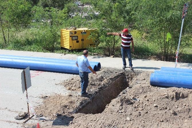 Hızırpaşa Mahallesi'nde Su Hattı Yenileniyor