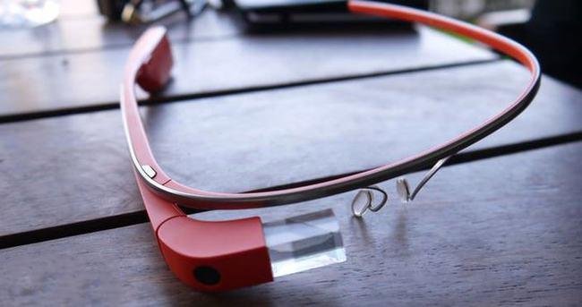 Google Glass'ın daha sağlam versiyonu geliyor