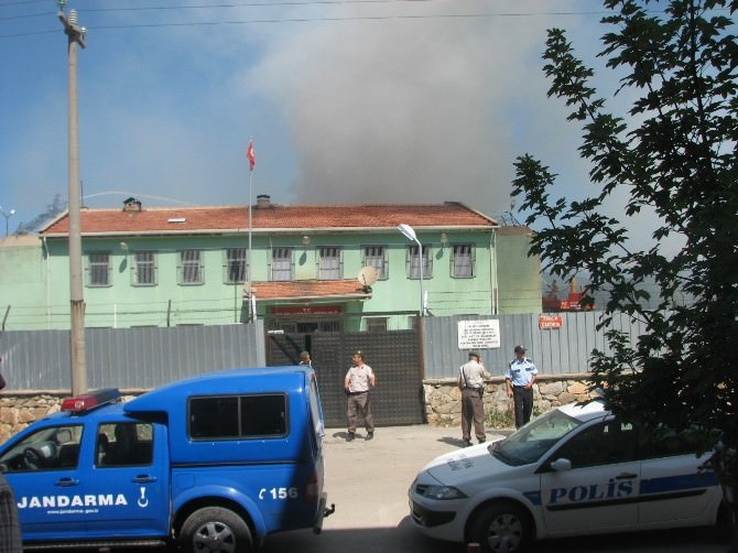 İsyan Çıkan Cezaevi Arsasına TOKİ Binaları Yapılacak