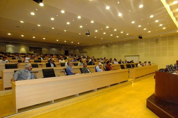 Erzurum'da İşletmelerin Sürdürülebilirliği Kapsamında Arı Yetiştiriciliği Eğitimi