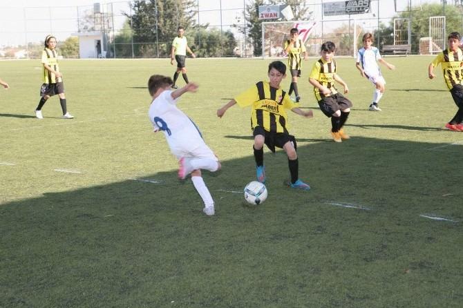 Kırşehirli Gençler Uluslar Arası Futbol Tecrübesi Kazanıyor