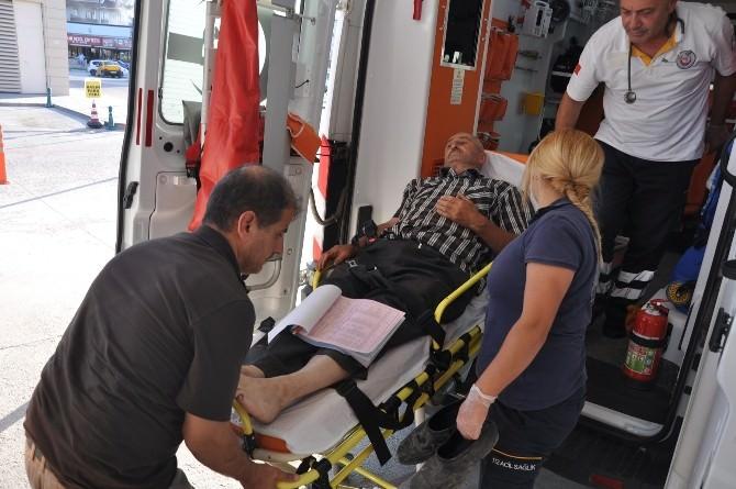 Traktör İle Kamyonetin Çarpıştığı Kazada Can Pazarı