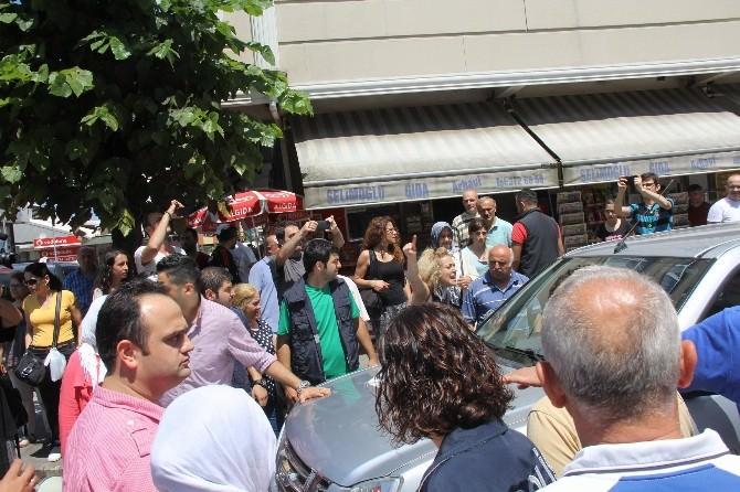 Türkülere Başlayan Protesto Başladığı Gibi Bitmedi