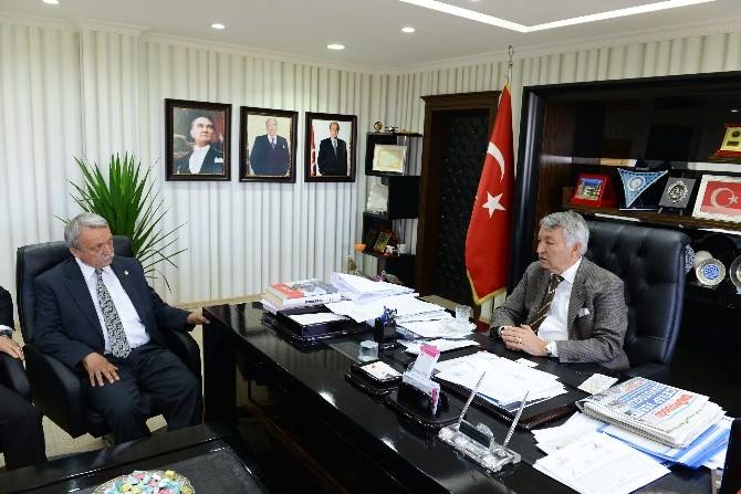 CHP'li Vekilden Başkan Günaydın'a Ziyaret