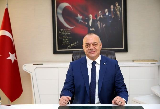 """Başkan Ergün, """"Özgür Basın Demokrasinin En Etkili Ölçülerindendir"""""""
