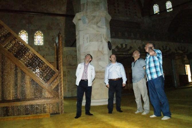 Camiler Şehrinden Gelip, Yeşil Cami'ye Hayran Kaldı