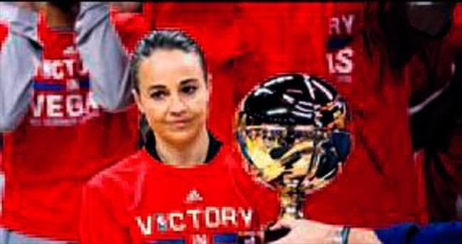 Becky Hammon NBA tarihine geçti