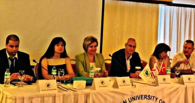 YDÜ Hastanesi ekibi uluslararası panelde