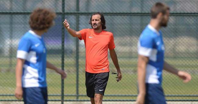 Sezer Badur, Antalyaspor'a döndü