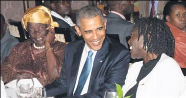 Obama ailesiyle hasret giderdi