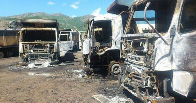 Kars'ta teröristler baraj inşaatındaki iş makinelerini yaktı