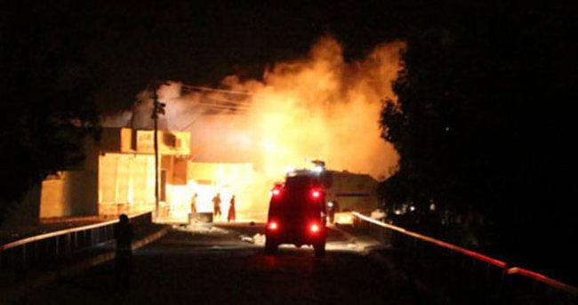 Erciş'te nöbet kulübesine saldırı: 1 polis yaralı