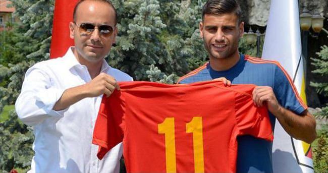 Kayserispor, Deniz Türüç ile 3 yıllık sözleşme imzaladı