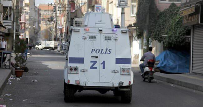 Silopi'de polis aracının geçişi sırasında patlama