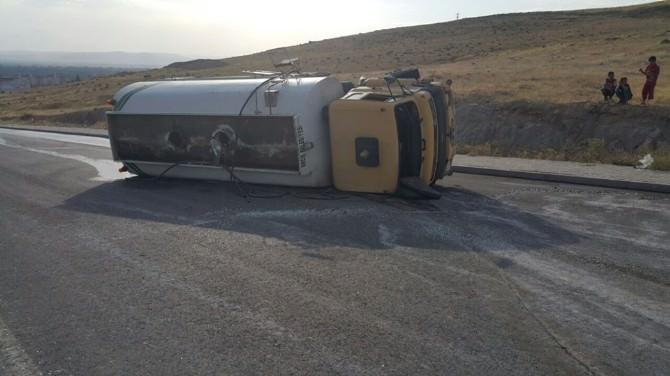 Erciş Belediye Sulama Aracı Kaza Yaptı; 1 Yaralı
