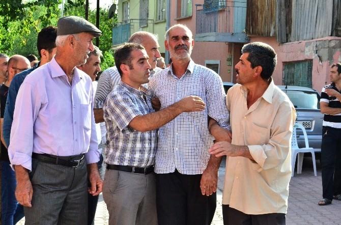 Vali Süleyman Kamçı'dan Acılı Şehit Ailesine Ziyaret