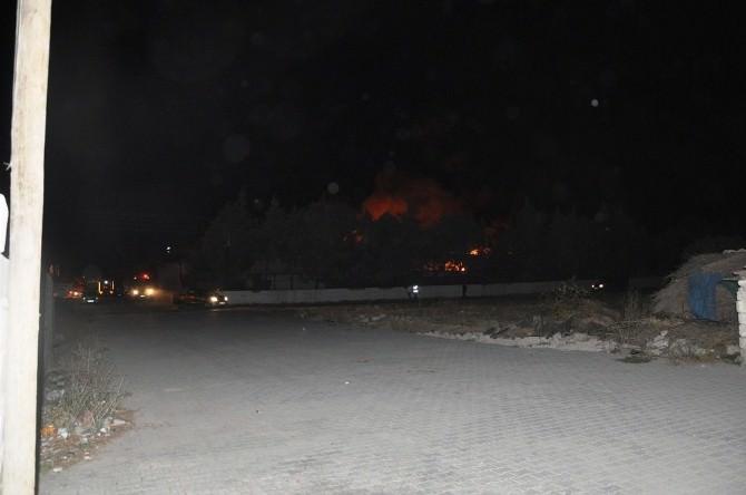 İHH'daki Yangın Kontrol Altına Alındı