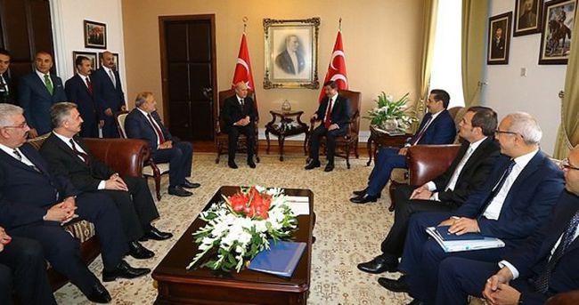 'MHP azınlık hükümeti ile seçime sıcak bakıyor'