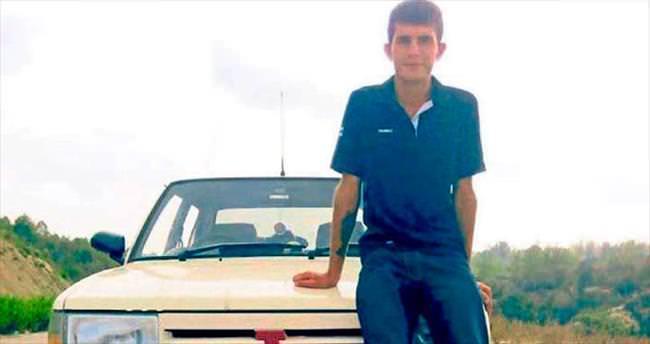 Askere gidecek olan genç sokak ortasında öldürüldü