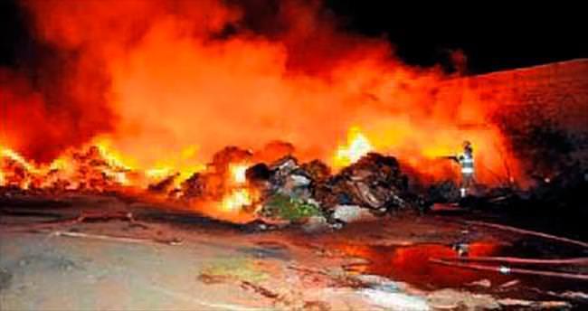 İzmir'in göbeğinde korkutan yangın