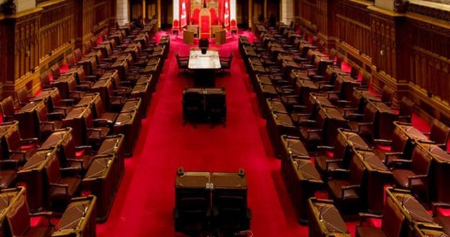 Kanada'da parlamento feshedildi