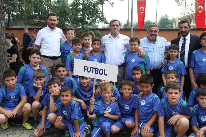 Akyazı'da Yaz Spor Okulları Açılışı Törenle Yapıldı