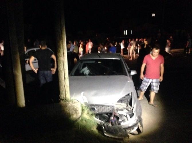 Arifiye'de Trafik Kazası Sonrası Yol Kapatma Eylemi