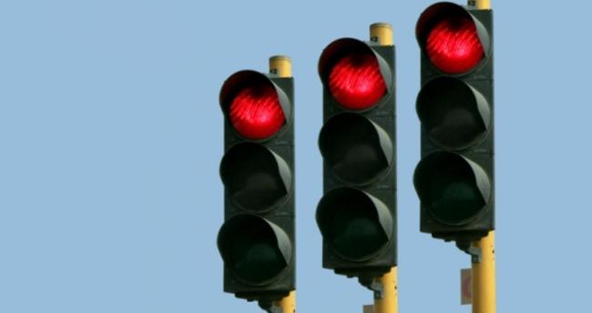 İlk trafik lambası Doodle oldu!