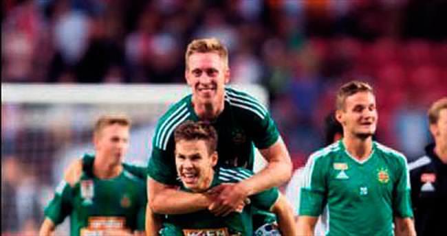 Ajax'a evinde Devler Ligi şoku