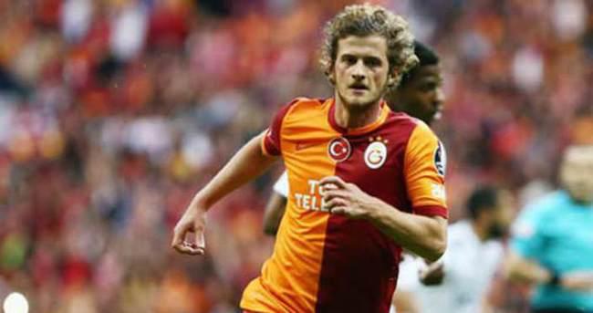Galatasaray 2 genç oyuncusunu kiraya verdi