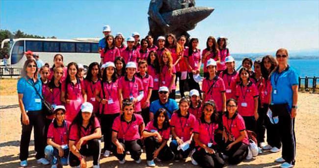 Mersin polisinden Çanakkale turu